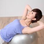 便秘がちの人、坐骨神経痛やギックリ腰などにも効果的な「金魚運動」