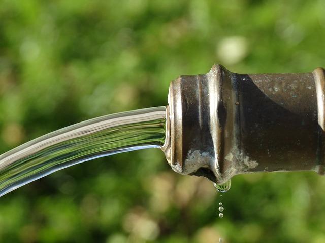 faucet-482506_640