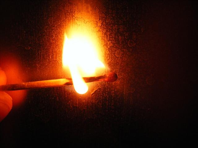 fire-87392_640