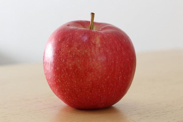 apple-1235366_640