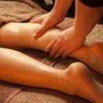 皮膚への温かな手のぬくもりや心地良い刺激は心へも働きかけてくれるもの